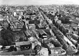 RUEIL MALMAISON 92 - L'Avenue Paul Doumer : Vue Aérienne - CPSM Dentelée Noir Blanc GF  - Hauts De Seine - Rueil Malmaison