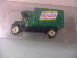 CAMION DENNIS CON PUBLICIDAD DE LA MARCA KNORR - Corgi Toys