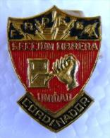 PIN-35 CUBA HISTORICAL  PIN SECCION OBRERA UNI CORDINADOR. - Badges