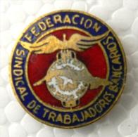PIN-6 CUBA HISTORICAL PIN FEDERACION TRABAJADORES BANCARIOS. - Badges
