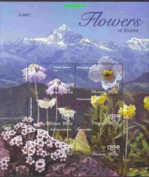 Bhutan 2000 Flowers 6v In Sheetlet ** Mnh (22976) - Bhutan