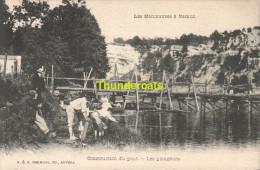CPA LES MANOEUVRES A NAMUR  CONSTRUCTION DU PONT LES PLONGEURS - Namur