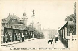 Cpa MEUDON BELLEVUE 92 Boulevard Gallieni - Pont De Chemin De Fer - Meudon