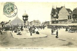 Malo Les Bains. La Place Du Kursaal Et Le Grand Hotel De L'Océan. - Malo Les Bains