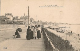 LE HAVRE    Le Boulevard Maritime Et La Plage (animation:promeneuses) - Le Havre