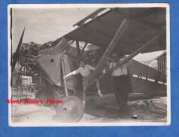Photo Ancienne - Portrait D'une Famille Dans Un Avion POTEZ 36/13 N° 2478 Construit En 1931 - Moteur Salmson - Plane - Aviation