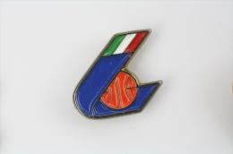 Federazione Italiana Pallacanestro/  Italian Basketball Federation - Pin Badge #PLS - Baloncesto