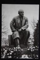 MOSCOW. KREMLIN. RUSSIA.  LENIN MONUMENT  1968 - Monuments