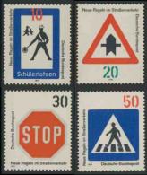 Deutschland Germany 1971 Mi 665 / 8 YT 528 /1 Sc 1055 /8 ** New Road Traffic Regulations / Neue Regeln Im Straßenverkehr - Transportmiddelen