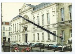 CPM - Douai - Le Palais De Justice - Douai