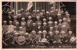Saint Georges D´Aunay: Colonie De Vacances. Cpa Photo Prise En 1930. Groupe D´Enfants. - France