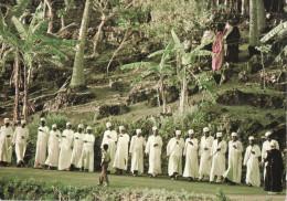 """Afrique - Grande-Comore : Danse """"TARI LA NDZIYA""""  Carte Très Animée - Comores"""