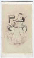 Photographie Ancienne, CDV, Anonyme, Portrait Enfant, Mode, Costume, Coiffe - Photographs