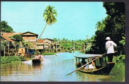 Upcountry Le Canal (khulong) Considèrent Comme Utilisé Par Des Bateaux De Passagers Aussi Des Vendeurs De Bateaux En Tha - Thaïlande