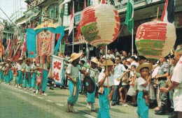 Procession , Bun Festival . Cheung Chau . - Népal