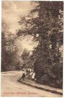 Weybridge, Oatlands Avenue Colour Postcard - R Cocks & Son, Weybridge (Frith´s Series) - Unused - 1918 Or Earlier - Surrey