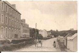 Saint-Efflam En Plestin-les-Grèves - L'Hôtel De La Plage Et La Route De Plestin à Lannion - Plestin-les-Greves
