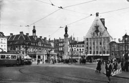 LILLE - NORD  (59) -  PEU COURANTE CPSM DE 1950 TRES ANIMEE. - Lille