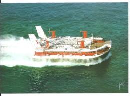 ! - France - Aéroglisseur Géant De La Compagnie Hoverlloyd Quittant Calais (vue Du Ciel) -  Carte Postale Vierge - Hovercrafts