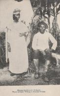 Afrique - Mission Des Peres Du St Esprit  -  Maçon Indigene William Et Madame  - Scan Recto-verso - Cartes Postales