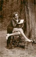 Nu - Serie De 5 Cartes Photos - En Foret - Femme En Tenue Legere Et Livre - Nude Nue érotisme érotique Seins Nus - Desnudos Adultos (< 1960)