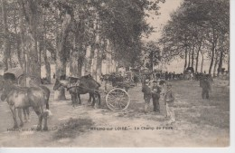 CPA Meung-sur-Loire - Le Champ De Foire (très Belle Animation) - Other Municipalities