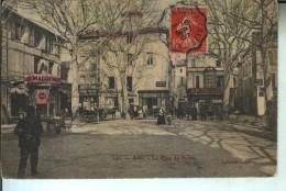 ARLES La Place Du Forum - Arles