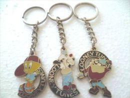 VINTAGE 1995 LOONEY TUNES Tweety Bird TAZ Tazmanian Sylvester Key Chain Key Ring - Key-rings