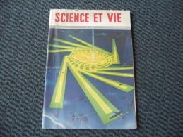 SCIENCE ET VIE De Mars 1946, Aéroport D'Orly, Turbine à Gaz Aviation, Verres De Contact, L´illustrateur Ravo René - Sciences