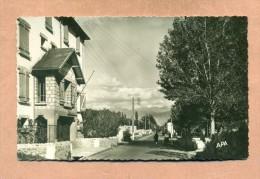 66 - PYRENEES  ORIENTALES  - LA TOUR DE CAROL - LA GENDARMERIE Et ROUTE VERS LE PUYMORENS - - Autres Communes
