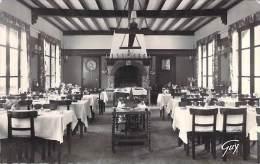 LE PERRAY EN YVELINES 78 -  Restaurant De LA FORET NOIRE : Une Salle - CPSM Dentelée Noir Blanc Format CPA - Yvelines - Le Perray En Yvelines