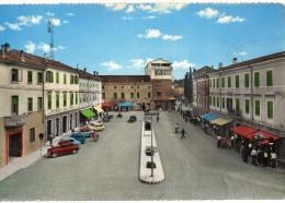 Friuli Venezia Giulia-udine-cervignano Del Friuli Veduta Piazza Unita' Animata - Italia