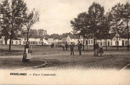 BELGIQUE - HAINAUT - ERQUELINNES - Place Communale. - Erquelinnes
