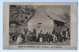 4709    Cpa      Missions Du Sud Afrique   , Série V  , Le Catéchisme En Plein Air  ( Basutoland )    ACHAT DIRECT !!! - Lesotho