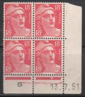 N° 887 Neuf ** Gomme D'Origine, Bloc De 4 Avec Coin Daté  Etat Bien - Coins Datés
