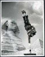 TERON _1, Mann Ohne Schwerkraft, Equilibristik, In Ägypten, Egypt, Sphinx V. Gizeh, Cheops Pyramide - Persone Identificate