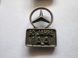 Mercedes Benz Daimler 50 Jahre IAA Anstecknadel - Mercedes