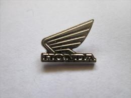 Honda Flügel Silberfarben Anstecknadel - Honda
