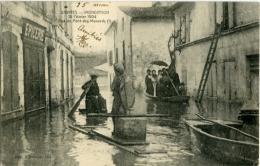 SAINTES INONDATION 18 Février 1904 Rue Du Pont Des Monards (1) - Saintes