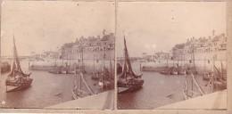 Vieille Photo Stereoscopique Calais Port De Peche Bateaux De Peche Dont Cal 52      Aout 1921 - Stereoscopic