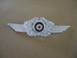 Insigne De Casquette Allemand Luftwaffe WWII - Equipo