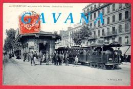 92 COURBEVOIE - Avenue De La Défense - Station Des Tramways - Courbevoie