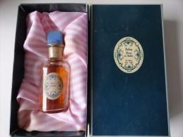 VINTAGE :  PARFUM DANS UN JARDIN PARIS - GRASSE - Fragrances (new And Unused)