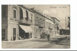 VIAREGGIO - Via Manin - Animée - Hotel Savoia - Viareggio