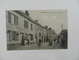 Cp  Monthyon Rue De La République   ( Animation Café Du Centre  ) - Non Classés