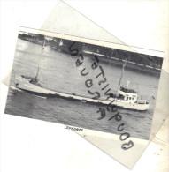 "photo bateau navire identifi� "" ZUKUNFT ""  1940 H BRAND OLDENBURG RFA Allemagne"