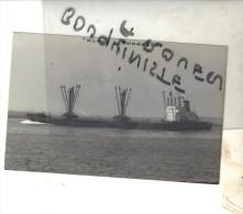"""photo bateau navire identifi� """" KLAUS LEONARDT """" ARMEMENT DE L OUEST ET BLUMBERG 1969 FLANSBURG"""