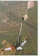 Saut En Parachute, Parachutist, Parachutisme - Valschermspringer - 541 - Uitgeverij De Stulp Leidschendam - Parachutisme