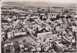 Marne :  EPERNAY   :  Vue  Place   Hugues  Plomb  ( Lapie) - Epernay