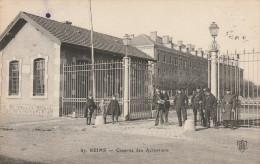 CPA - CASERNE -  51 -  REIMS - 175 - Casernes